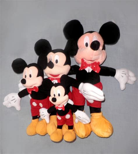 kepala mickey mouse cake ideas and designs