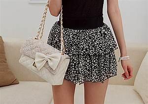 black-and-white-skirt   Tumblr