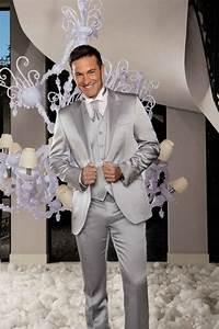 Costume Homme Mariage Blanc : 10 couleurs pour le costume du mari costumes costumes ruffle blouse et mariage ~ Farleysfitness.com Idées de Décoration