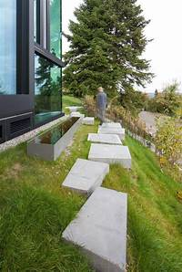 landscape stepping stones 10 Landscaping Ideas For Using Stepping Stones In Your Garden | CONTEMPORIST