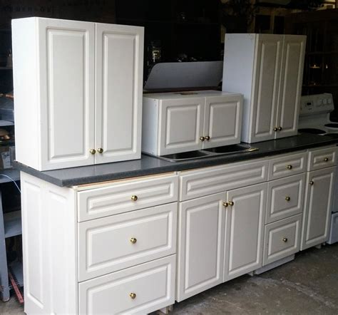 Used Kitchen Cabinets For Sale Dubai by Things To Consider When Buying Used Kitchen Cabinets