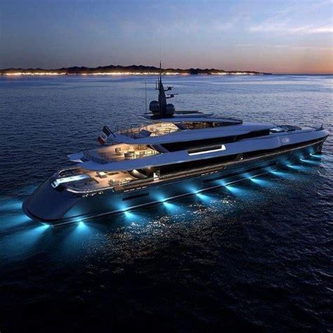 Luxury Boats by Best 25 Luxury Boats For Sale Ideas On Luxury