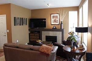 Living room paint ideas for small living rooms small for Ideal paint color for small living room