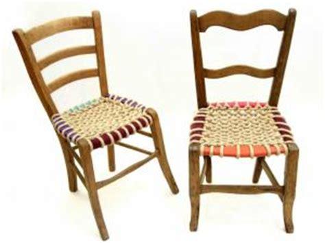 fourniture pour cannage chaise idée récup des chaises anciennes relookées par moltodeco