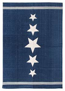 Teppich Blau Weiß : angesagte sternendesigns auf teppichen reinkemeier rietberg handel logistik ladenbau ~ Whattoseeinmadrid.com Haus und Dekorationen