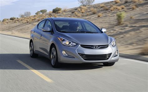 Hyundai Elantra Sedan 2018 Widescreen Exotic Car Wallpaper