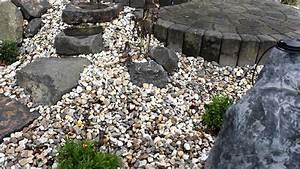 Bachlauf Aus Stein : ein steingarten mit einem bachlauf aus kunstfelsen youtube ~ Michelbontemps.com Haus und Dekorationen