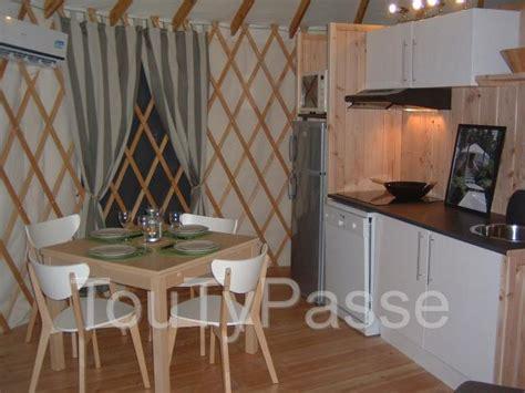 chambres d hotes anvers belgique vacances atypiques en yourtes contemporaines dans le sud
