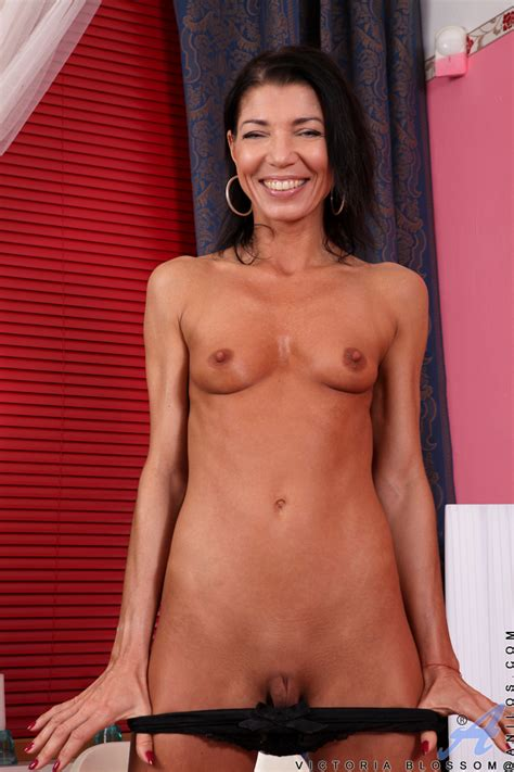 freshest mature women on the net featuring anilos victoria blossom anilos wife