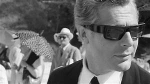 The 10 Best Sunglasses in the History of Cinema - Best ...