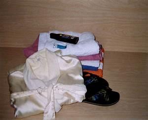 Sauna Was Mitnehmen : tipps f r anf nger sauna utensilien ~ Frokenaadalensverden.com Haus und Dekorationen