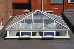 toit en verre conseils sur le toit en verre With toit en verre maison 4 veranda toit terrasse ma veranda