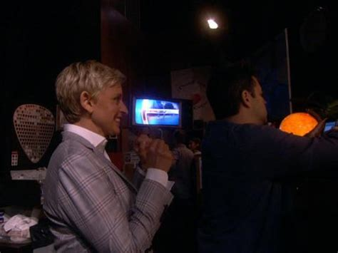 scares andy andy goes to a haunted house with eric stonestreet ellentv com