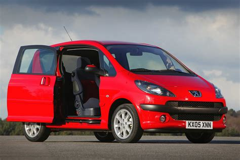 cars with sliding doors peugeot 1007 hatchback review 2005 2009 parkers