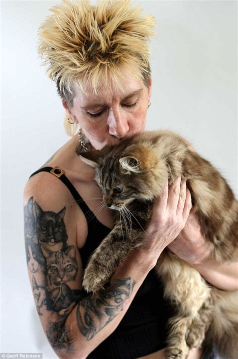 Dying Woman Has 20 Pets Tattooed On Her Body To 'take Them With Her'  Daily Mail Online