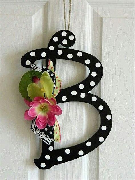 pin  rose menelas  monogram  lettering letter  crafts door wreaths