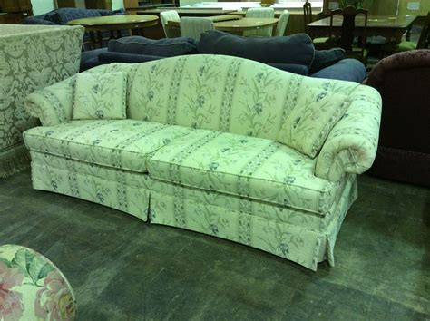 Green Settee by Fashioned Floral Green Settee Search