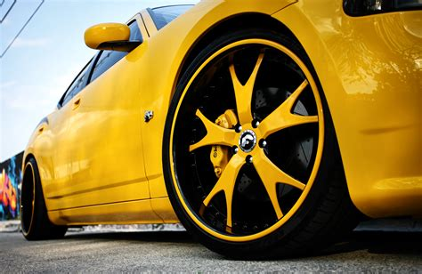 Dodge Charger Srt8 Super Bee Gallery