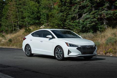 2021 Hyundai Elantra Meets Its Predecessor In Visual ...