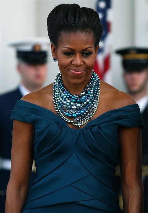 Michelle Obama's Pearl Jewelry - Outfit Ideas HQ