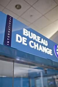 ICE Bureau De Change Zone Publique Arrives