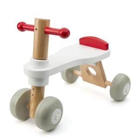 oxybul cuisine en bois porteur bois trotibul création oxybul pour enfant de 1 an à 3 ans oxybul éveil et jeux
