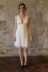 Robe De Mariee Courte : short chiffon wedding dress v neck wedding dress simple short wedding dress beach wedding ~ Preciouscoupons.com Idées de Décoration