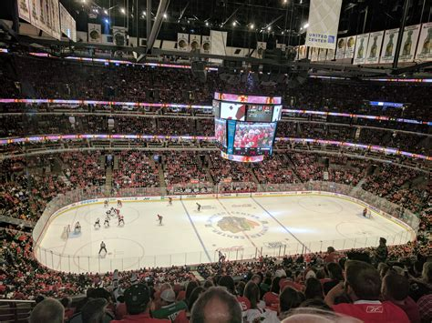 sports stadium review united center united center chicago blackhawks stadium journey Pro