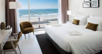 hotel avec et dans la chambre 9 incroyables hôtels de bord de mer au portugal momondo