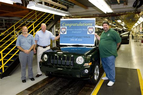 Chrysler Plant Belvidere Il by Chrysler S Belvidere Plant Rolls Out One Millionth