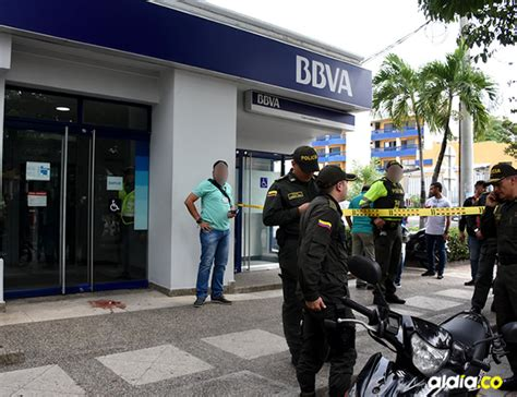 Delincuentes intentaron atracar banco BBVA y uno de ellos ...