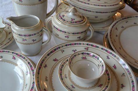 canapé bergère service porcelaine limoges ahrenfeldt service de table