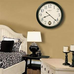 25 ideas for modern interior with huge wall clocks for Wall clock decorating ideas