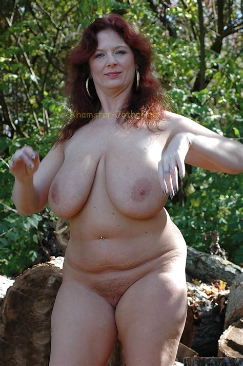 Beautiful Mature Women Outdoors Jotha Hele 13 Pics