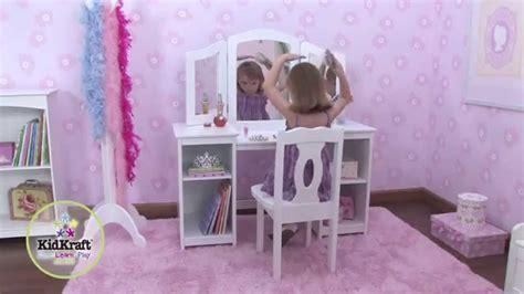 coiffeuse en bois pour enfant avec chaise et miroir kidkraft