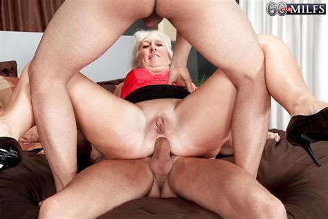Cock Starved Granny Jeannie Lou Taking Cumshots In Mouth