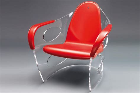 Poltrona Sospesa Plexiglass : Poltrona Rossa In Plexiglass