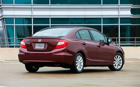 Get kbb fair purchase price, msrp, and dealer invoice price for the 2012 honda civic lx sedan 4d. 2012 Honda Civic Reviews - Research Civic Prices & Specs ...