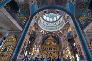 Photo 1633-06: Domed hall of Saviour Transfiguration ...