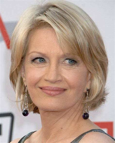 ideas  short hairstyle   year  woman