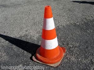 Cone De Chantier : photos et images de btp ~ Edinachiropracticcenter.com Idées de Décoration