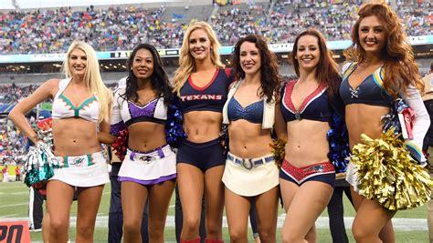 nfl  place  cheerleaders