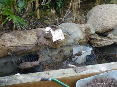 construction mur vegetal exterieur mur v 233 g 233 tal exterieur en faux rochers pour bassin aquatique construction 2 mur vegetal faux