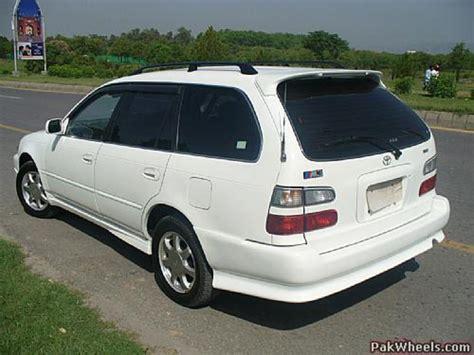 Toyota Corolla G Touring 2000