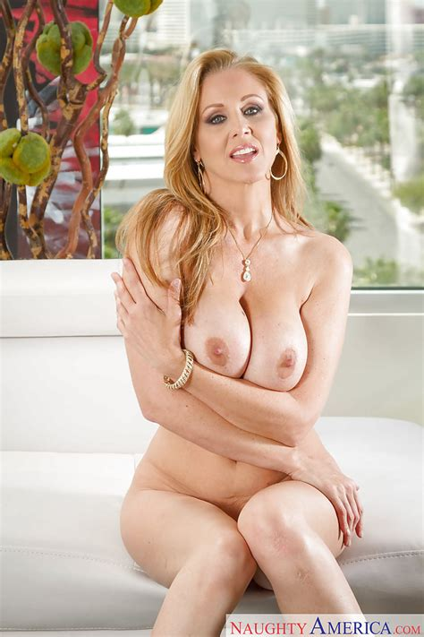 Large Boobed Mom Julia Ann Playing With Her Incredible