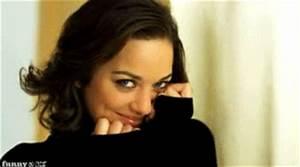 Marion Cotillard GIF - Find & Share on GIPHY