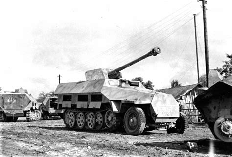 sd kfz 251 22 with pak40 light vehicles war thunder official forum