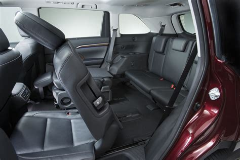 2014 Toyota Highlander Captains Chairs by Five Most Fuel Efficient Vehicles With Third Row Seating