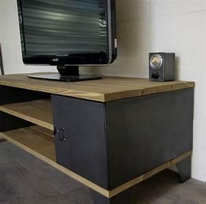Meuble Tele Avec Rangement : meuble tv industriel avec rangement portes ~ Teatrodelosmanantiales.com Idées de Décoration