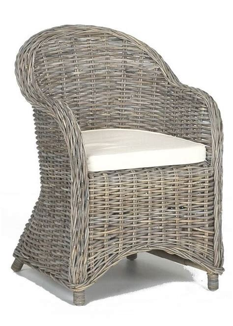 brocante rieten stoelen rieten en rotan stoelen aanschaf en onderhoud rieten